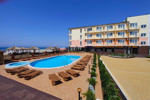 Курортный отель Гавань